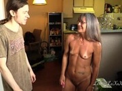 sex With Mature, Amateur Teen Perfect Body