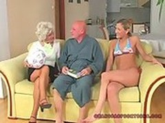 Mature Cunts, Mom Birthday, Old Man Young Girl, Perfect Body