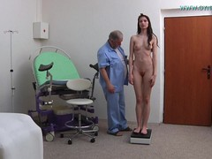 Gyno Exam, long Legs, Perfect Body Amateur, young Pussy, Pussy Spread