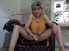 blondes, Blonde MILF, Uk Whores, English, worship, Hooters, Hot MILF, Hot Mom Son, milf Women, Amateur Milf Solo, Perfect Body, Solo, Single Beauty, UK