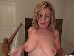 Hot MILF, Young Lady, milf Mom, Mature Woman, Mom, Perfect Body Teen